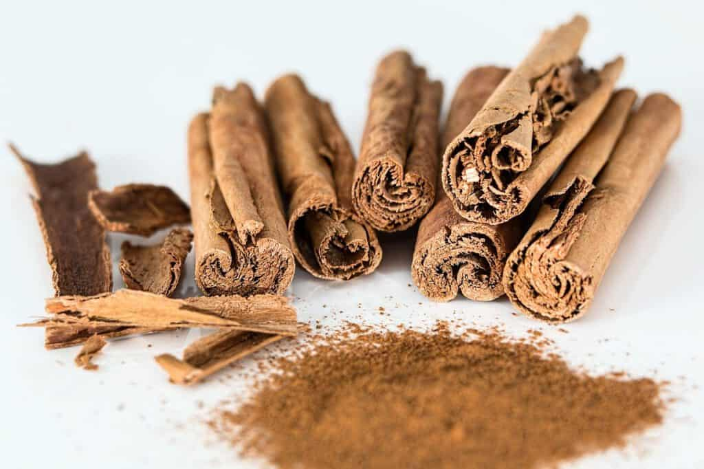 cinnamon ice cream ingredients