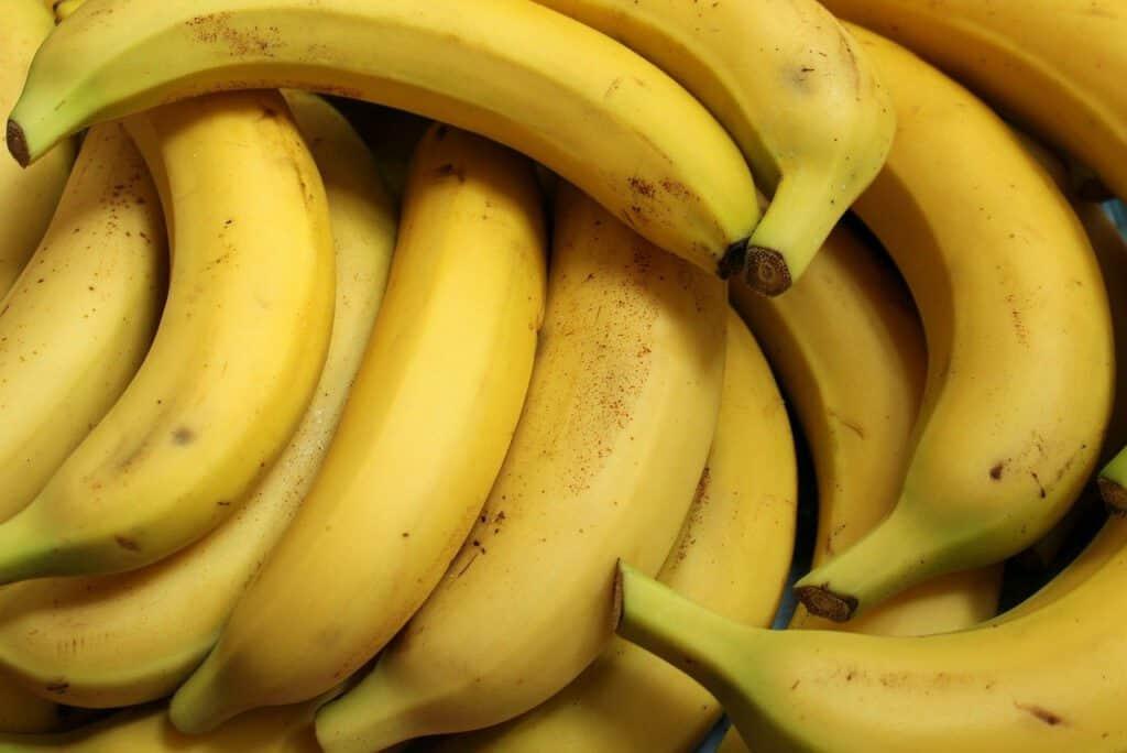 banana yogurt smoothie recipe