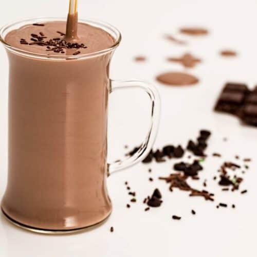 chocolate yogurt smoothie